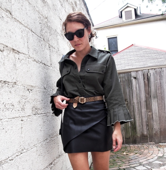 Olive green pleated sleeve jacket