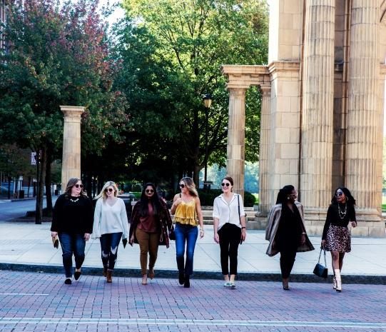 Columbus bloggers.JPG