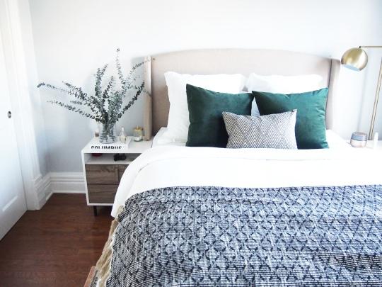 Dekowe velvet pillow covers